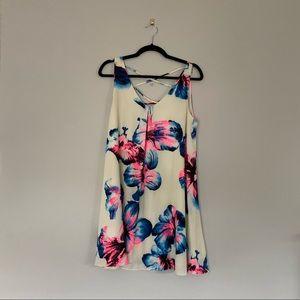 Lightweight fun flowy dress